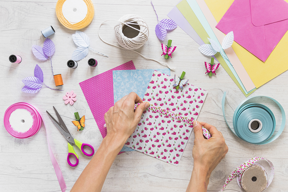Welcome Spring to Your Apartment in Simpsonville, SC with these Fun Crafting Ideas