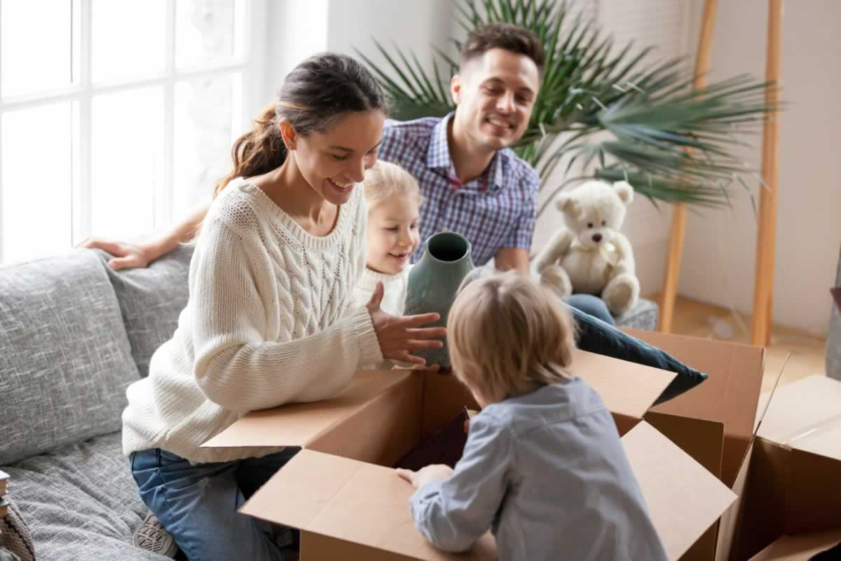 Five Ways to Make Unpacking your Apartment Easier